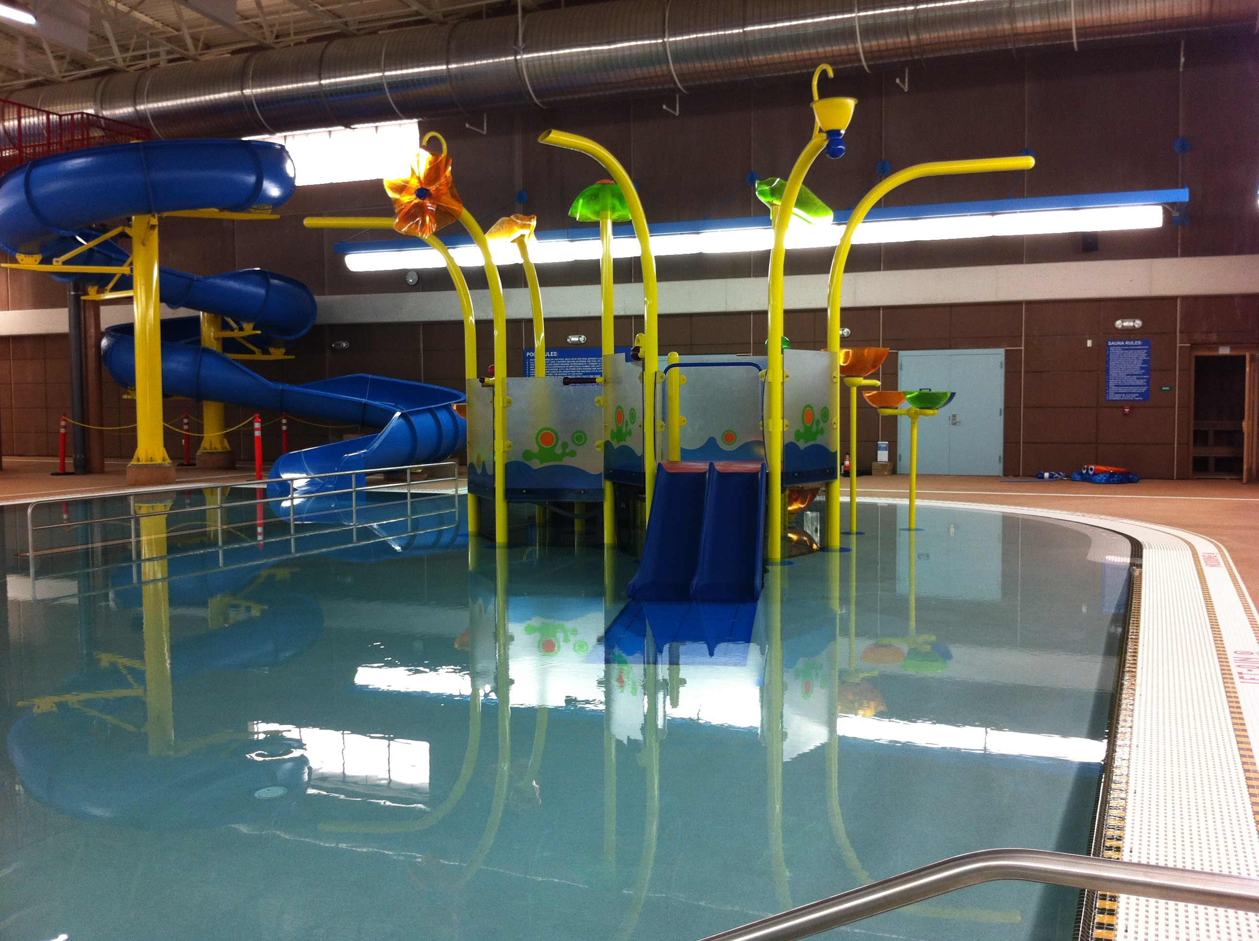 recreation pool play feature